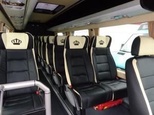 Mercedes Benz minibusa īre